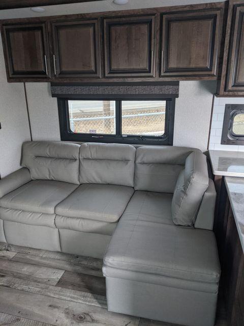2021 Kz VENOM 3911TK in Mandan, North Dakota 58554