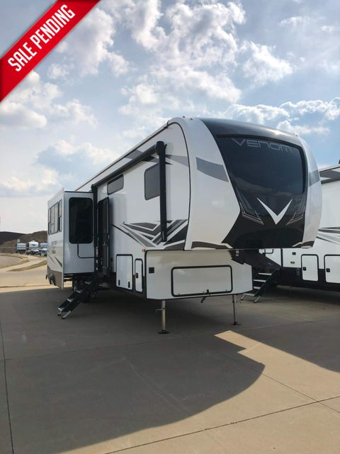 2021 Kz Venom V3413TK in Mandan, North Dakota 58554