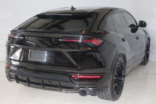 2021 Lamborghini Urus Houston, Texas 17