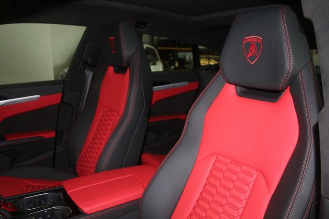 2021 Lamborghini Urus Houston, Texas 28