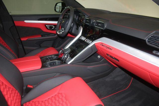 2021 Lamborghini Urus Houston, Texas 41