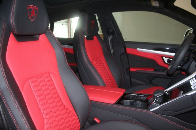 2021 Lamborghini Urus Houston, Texas 42