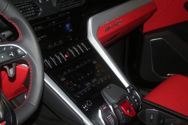 2021 Lamborghini Urus Houston, Texas 48