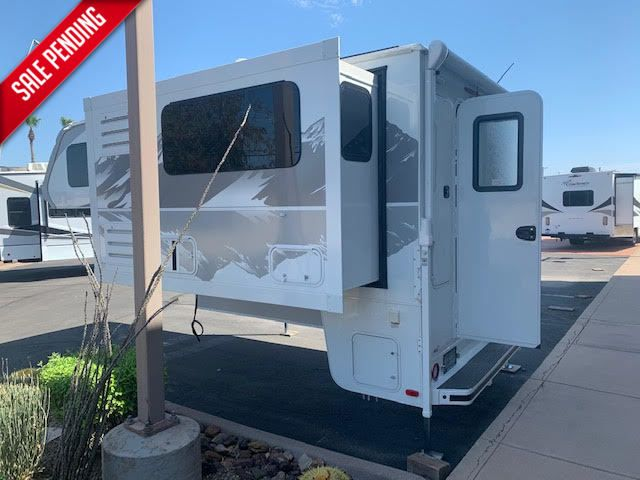 2021 Lance 975   in Surprise-Mesa-Phoenix AZ