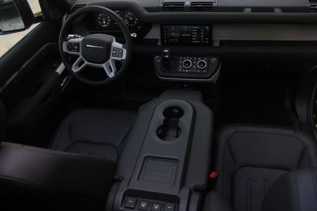 2021 Land Rover Defender First Edition Houston, Texas 36