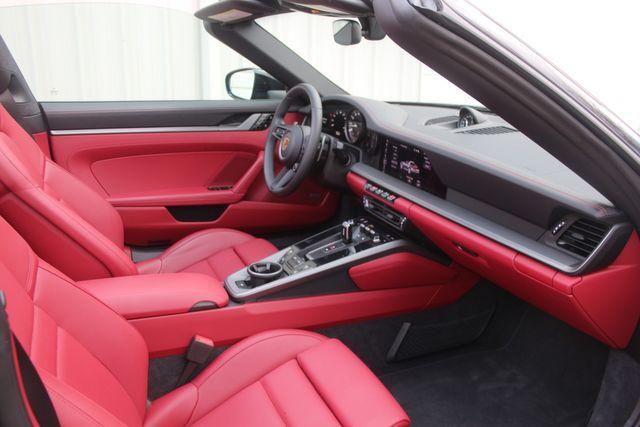 2021 Porsche 911  4S Targa Houston, Texas 32