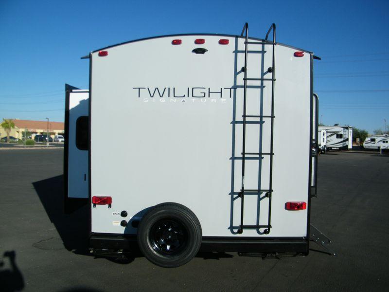 2021 Thor Twilight 2620  in Surprise, AZ