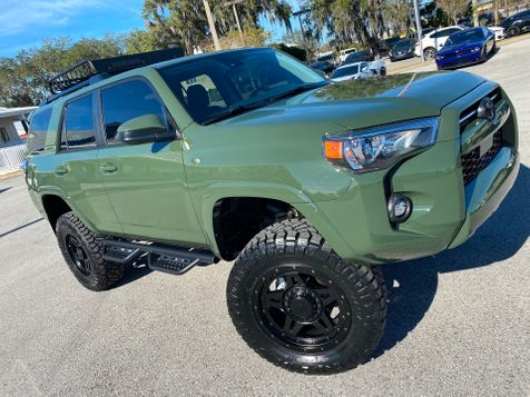 2021 Toyota 4Runner LIFTED ARMY GREEN 4RUNNER 4X4 YAKIMA RACK in Plant City, Florida