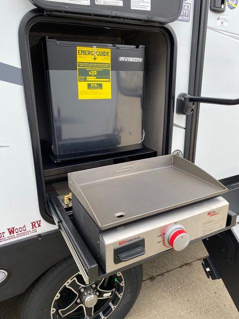 2022 Kz Connect C221FKKSE in Mandan, North Dakota 58554